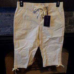 Gloria Vanderbilt Casual Skimmer Capri Pants